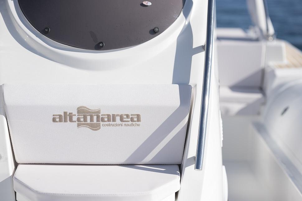 bateaux à moteurs semi rigides ALTAMAREA